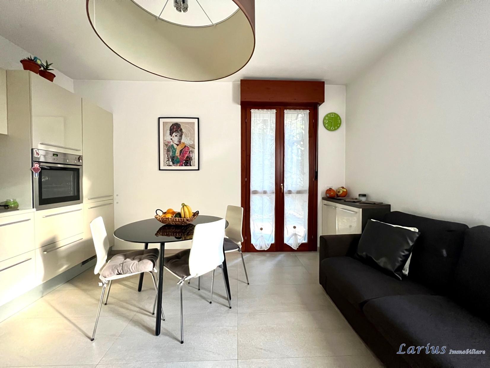 Appartamento trilocale di 75mq in vendita a casnate con - Case in vendita a casnate con bernate da privati ...